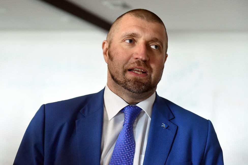 Дмитрий Потапенко оповышении топливных акцизов: это приведет кподорожанию любых товаров на5-7 процентов