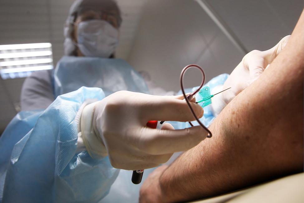 «Чудесное исцеление»: как здорового мужчину 13лет лечили отСПИДа