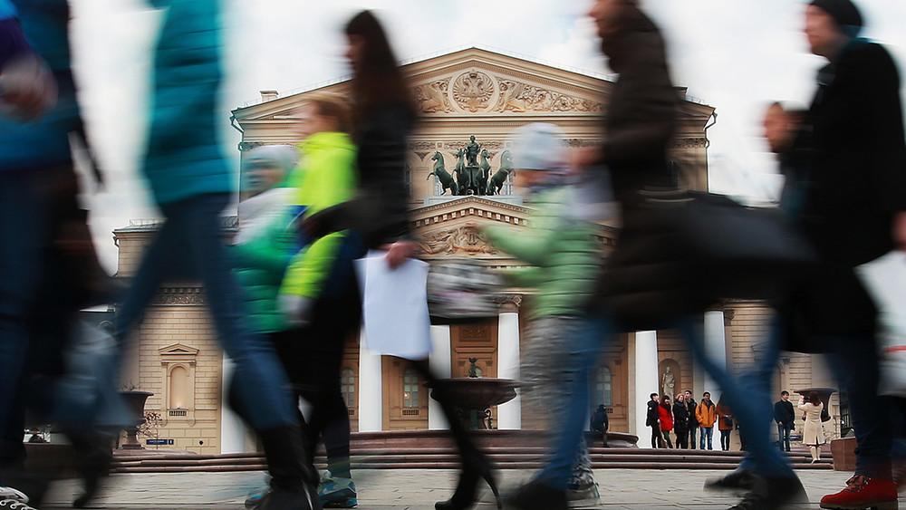 ГАБТ: «Если потребуются консультации Серебренникова— можно обратиться кследователю»