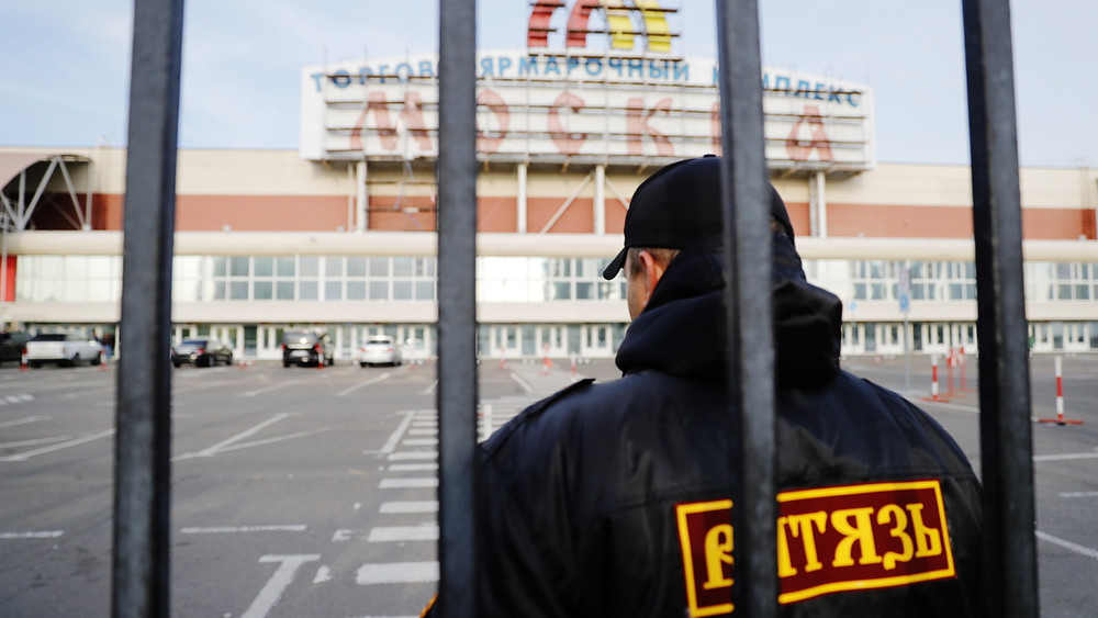«Москва» встрахе. Как живет рынок вЛюблино после стычек мигрантов сполицией: репортаж Открытой России