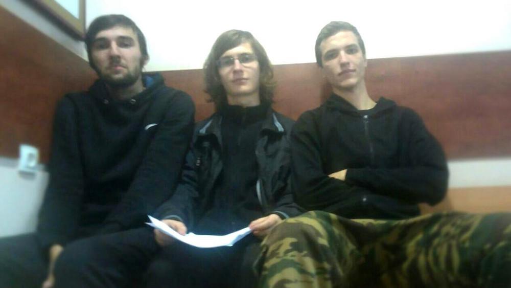 Суд над активистами «Левого блока» заакцию вБарвихе. Иззала суда
