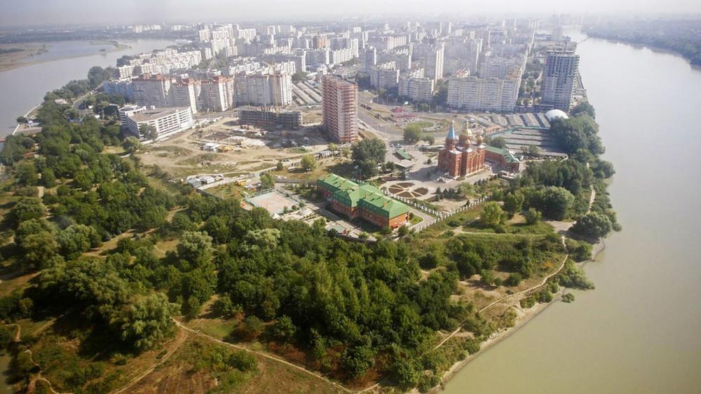 Кубань застроительным забором. ВКраснодаре местные жители 10лет отстаивают побережье города отзастройки