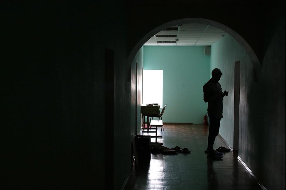 «Следователь хотел обозначить свое превосходство». Как вмосковском общежитии сотрудникСК избил студента