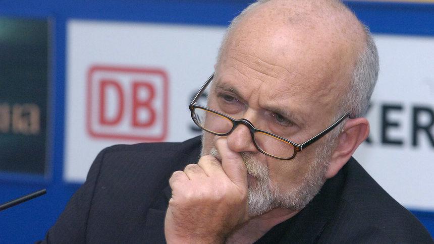 Юрген Рот: «Путин— это продукт КГБ, который работает спреступными сообществами тогда, когда ему нужно»