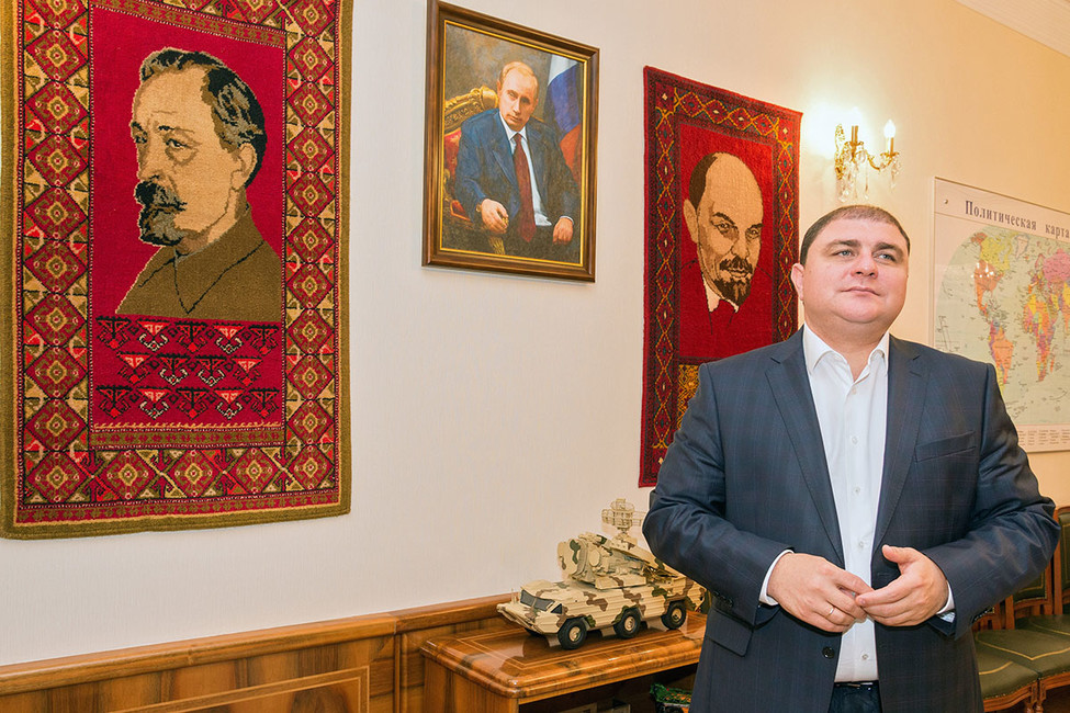 Губернатор Орловской области готовится котставке. Чем запомнится коммунист Потомский, икто придет наего место