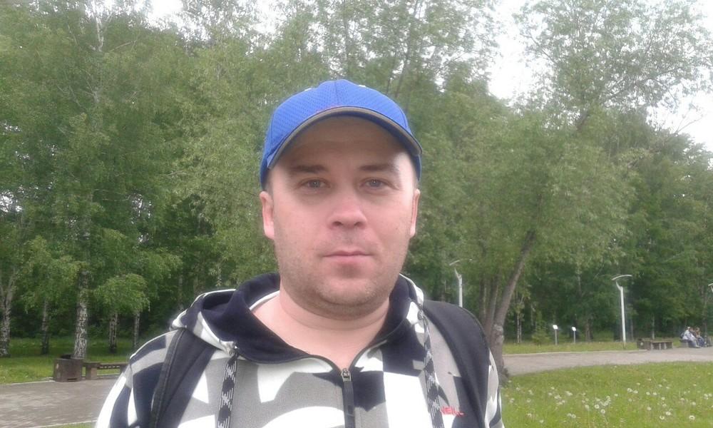 Полиция объяснила задержание координатора штаба Навального вПерми
