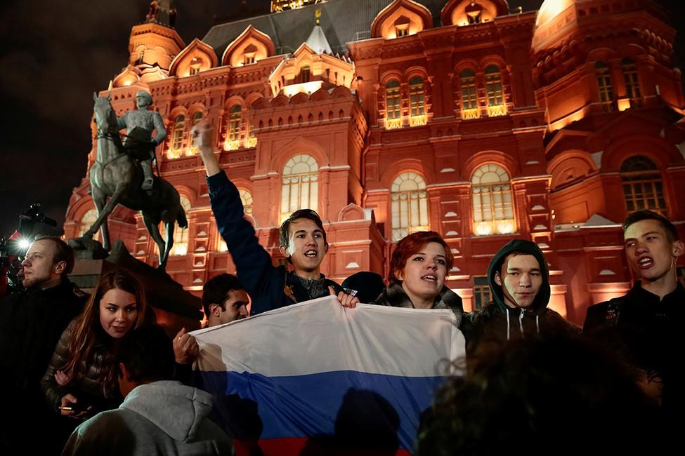 «Палатки поставим, еду принесем!»: как сторонники Навального дошли доМанежа без поддержки штаба