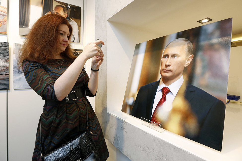 Больше половины россиян несмогли назвать альтернативы Путину