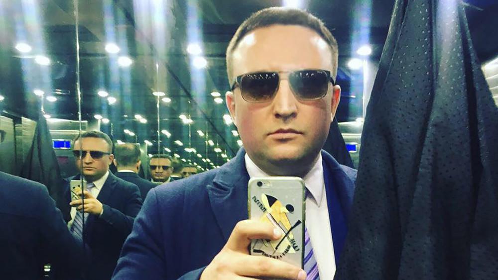 VC.ru: Пресс-секретарь Роскомнадзора Вадим Ампелонский идругие сотрудники ведомства стали фигурантами дела омошенничестве