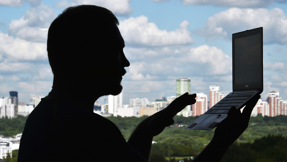 Профессия— стукач. Как россияне создают организации, чтобы доносить насограждан