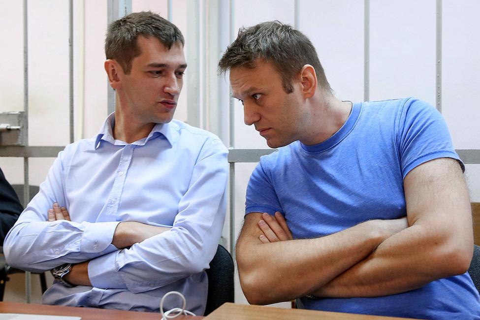 ЕСПЧ признал несправедливым приговор братьям Навальным поделу «ИвРоше»