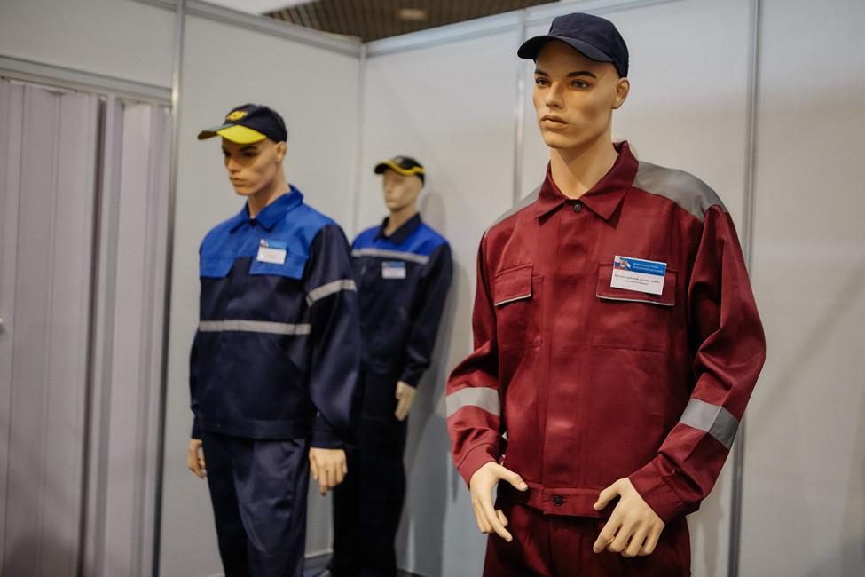 Манекены навыставке «Интерполитех». Фото: Открытая Россия