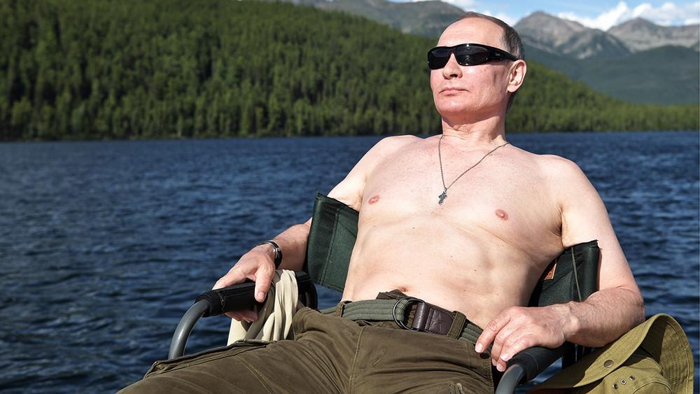 МЧС отказалось привлекать кответственности организаторов рыбалки Путина зато, что онбыл без спасательного жилета