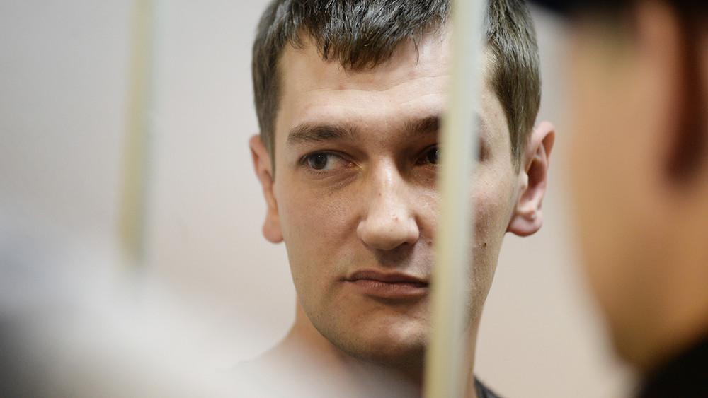 Олег Навальный рассказал озаключенных, вскрывших себе вены взнак протеста