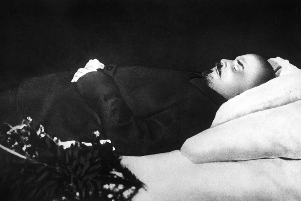 ВРоссии снова поспорили оперезахоронении Ленина