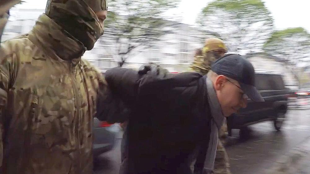 Издатель под прессом. Калиниградский журналист идепутат изпотерпевших перешел вобвиняемые.