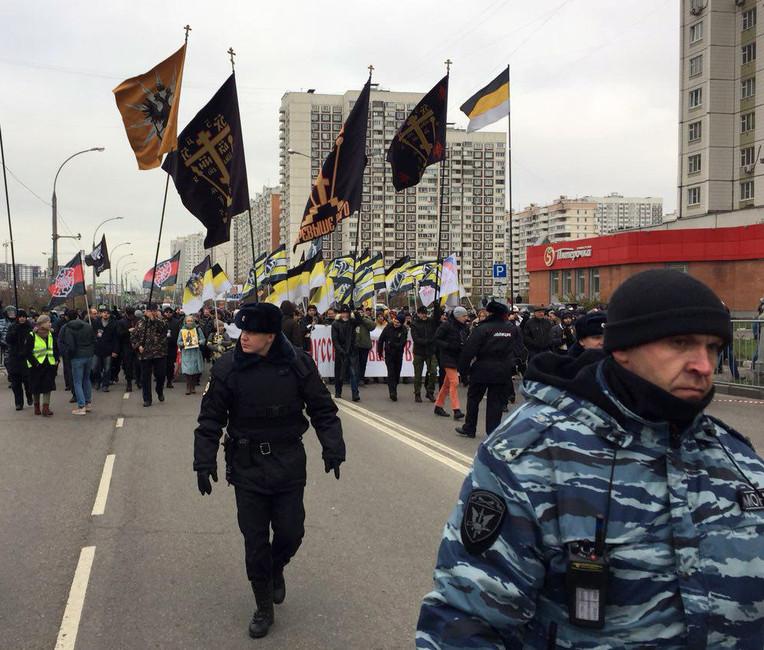 ВМоскве прошли два «Русских марша»