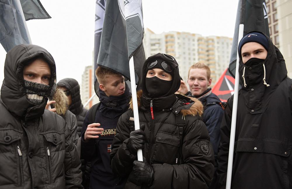 Участники марша вЛюблино, 4ноября 2017года. Фото: Кристина Кормилицына/ Коммерсантъ