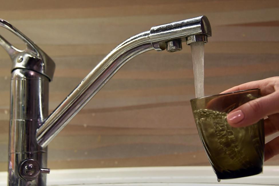 «Помыться сможем только ввоскресенье»: как водяной насос вселе Калинино остановился после поражения единоросса