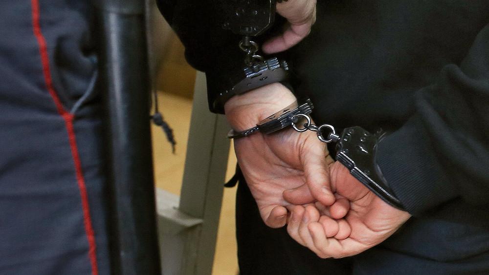 Калининградца арестовали запризывы ктерроризму взакрытом чате Telegram