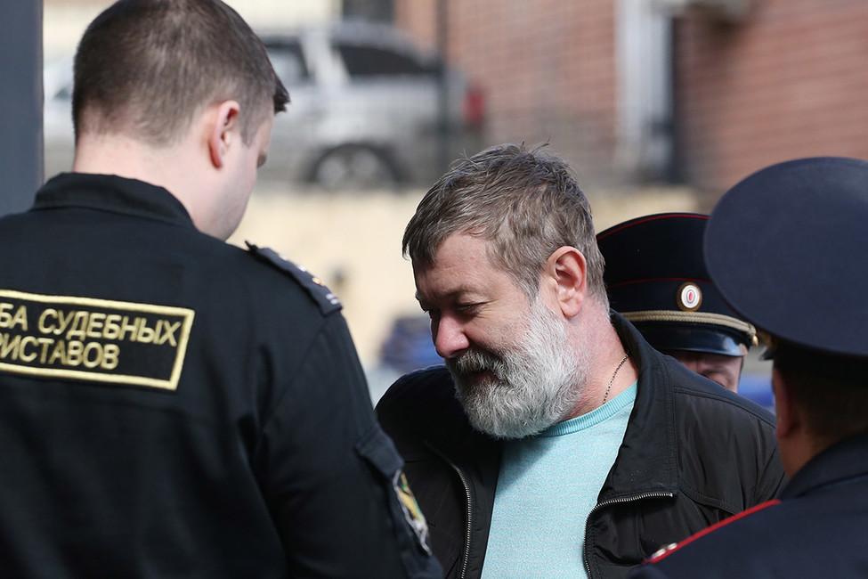 «Артподготовка» ивсе-все-все: как россиян судили заэкстремизм наэтой неделе