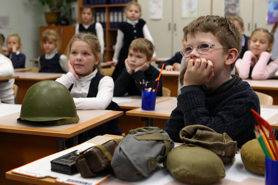 ВГосдуму внесен законопроект «Опатриотическом воспитании»