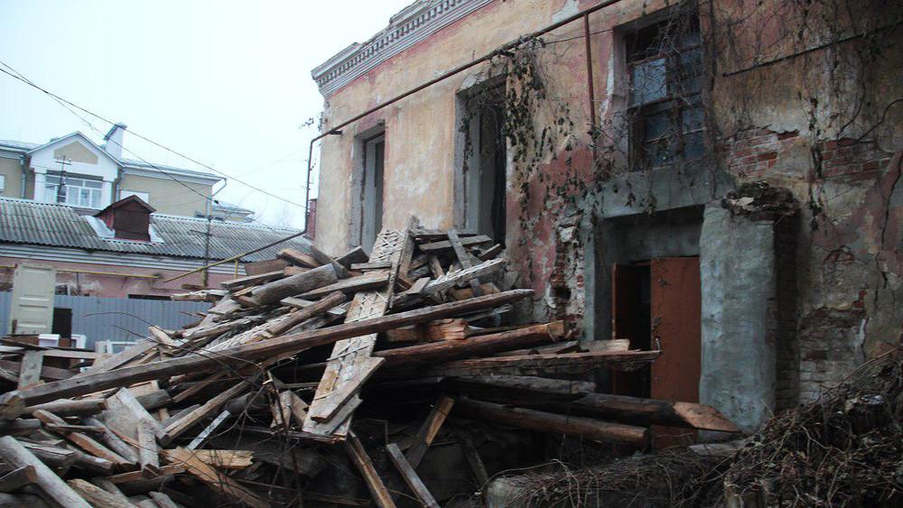 «Единая Россия» решила снести старейший дом вТамбове