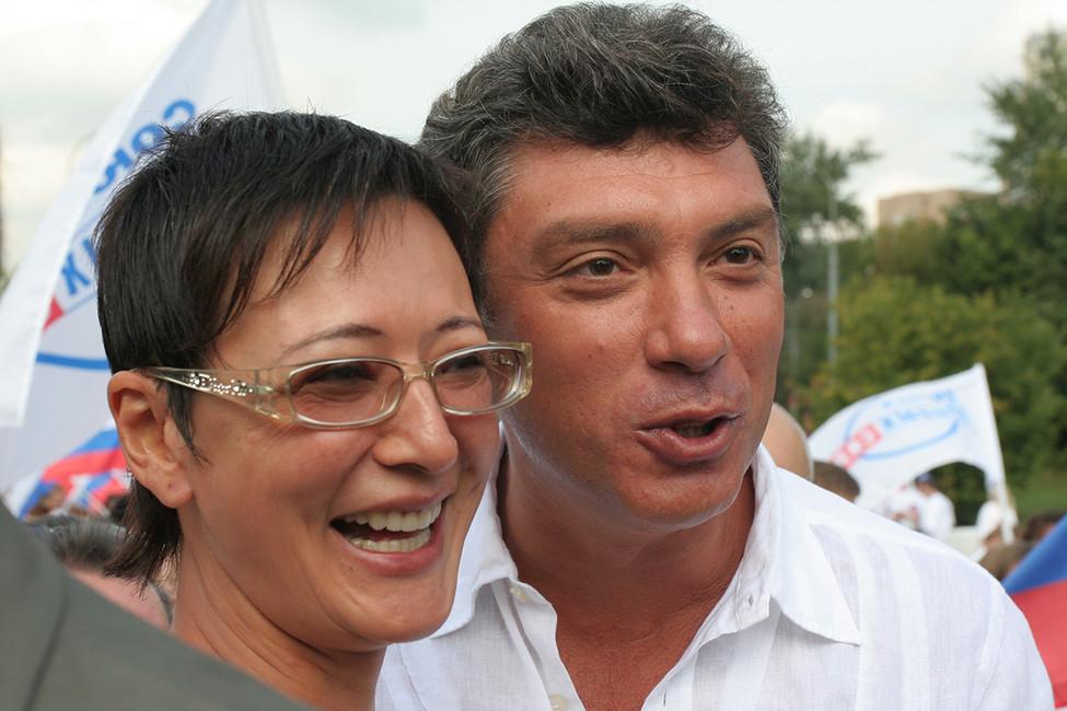 Ирина Хакамада иБорис Немцов. Фото: Олег Дьяченко/фото изархива/ ТАСС