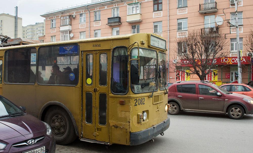Рязанцы протестуют против повышения цен напроезд «вполуразваленном ихолодном транспорте»