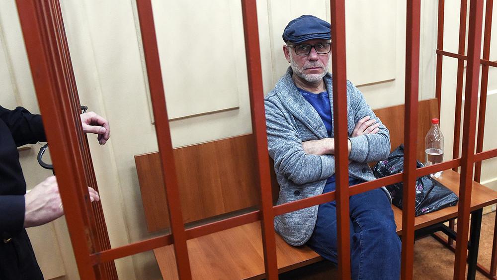Алексей Малобродский: «Скучно быть простым заложником, нодругих версий нет»