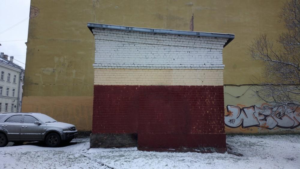 ВПетербурге закрасили граффити впамять опогибших втеракте 3апреля