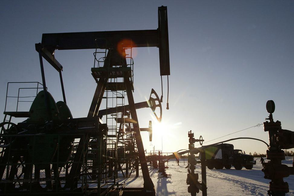 Россия выплатит бывшим акционерам ЮКОСа 300 тысяч евро