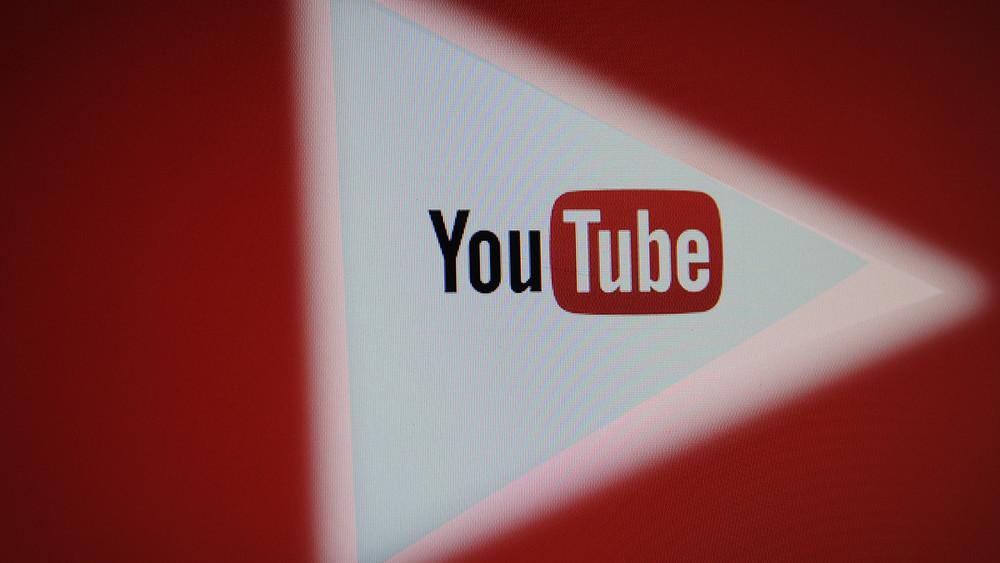 Роскомнадзор угрожает заблокировать YouTube натерритории России из-за аккаунта openrussia2014