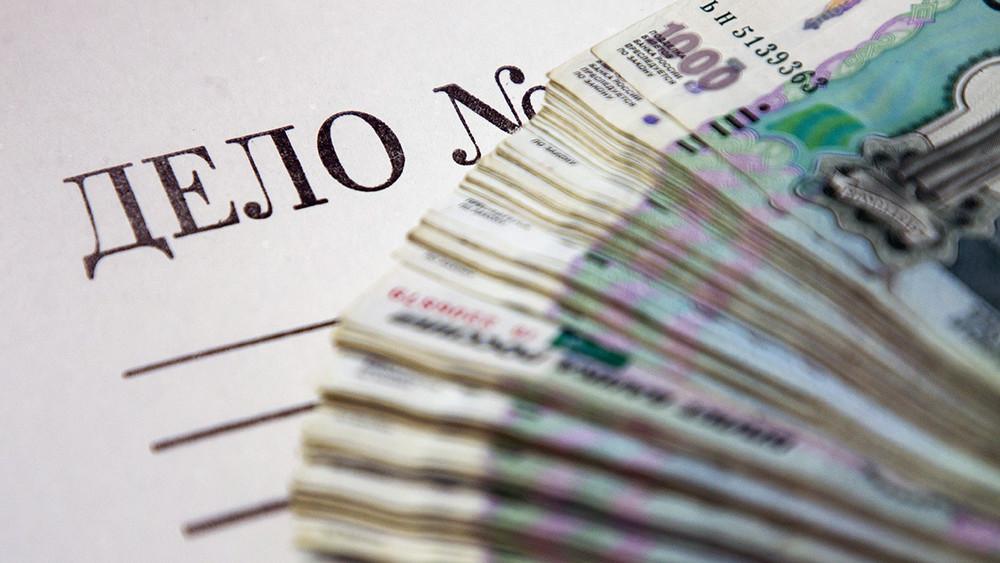 Две трети приговоров овзятках вРоссии выносятся из-за сумм до10тысяч рублей