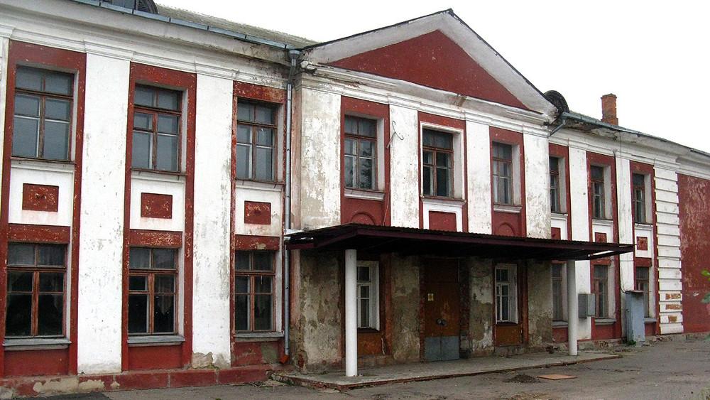 Духовный центр против детского центра: жители Орла отстояли школьное учреждение управославной организации