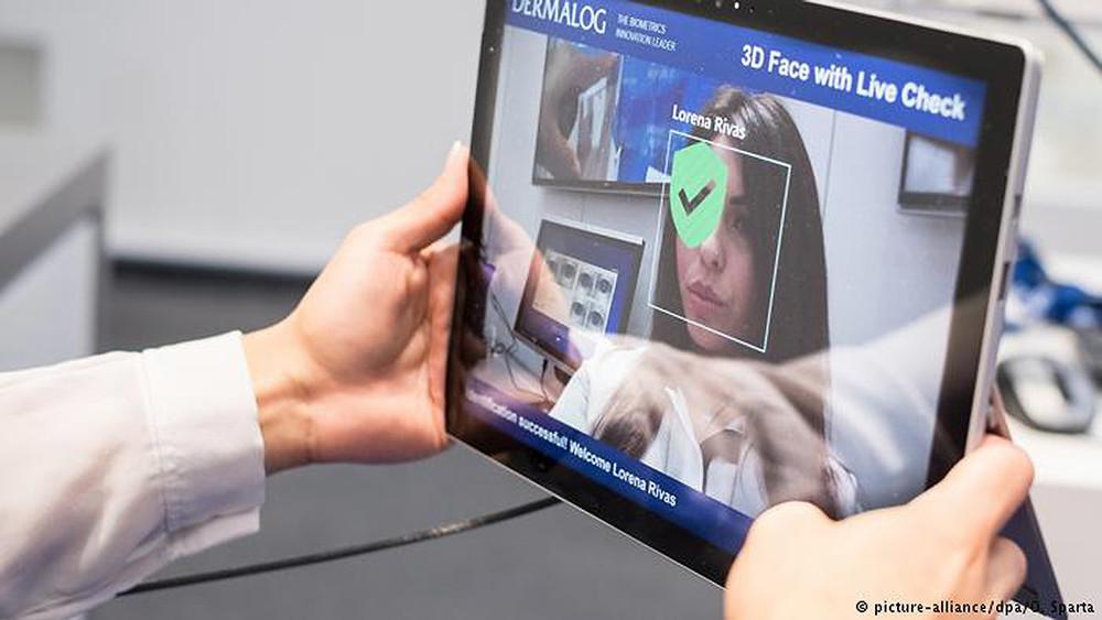 Наши биометрические данные могут стать доступны втом числе коммерческим икриминальным структурам